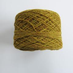 Lammull gulgrön