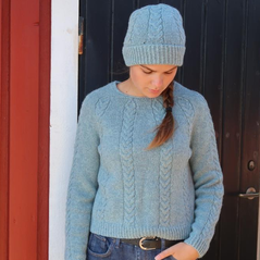 Svall sweater  by the Weststrand sisters